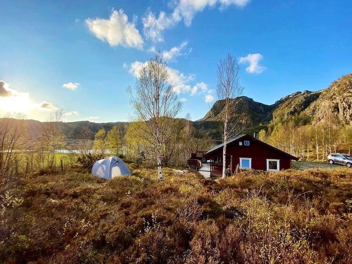 Nice cabin / Koselig hytte på Tjørn i Bjerkreim