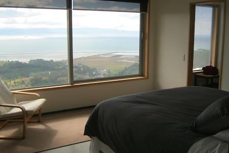BIG SKY NELSON Bed & Breakfast - Todds Valley - Aamiaismajoitus