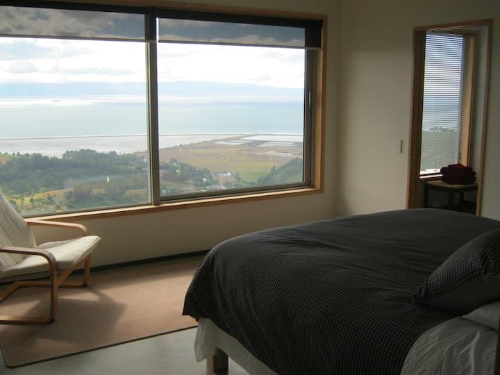 BIG SKY NELSON Luxury Eco Bed & Breakfast