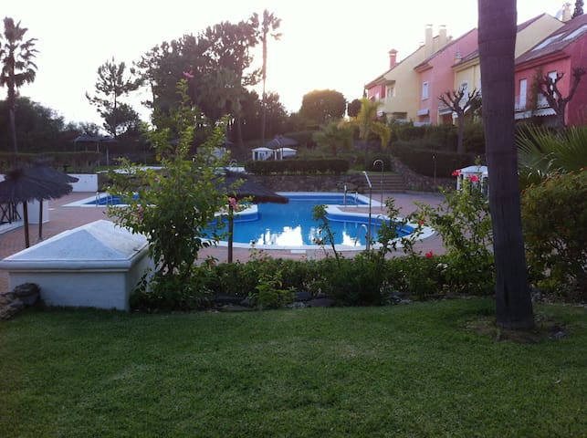 Apartment 5 minutes from the seaside - Illa Cristina - Pis