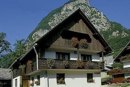 Apartment Taler / self-catering in village Studor - Srednja vas v Bohinju