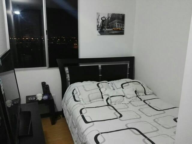 Room northwest Bogotá - Bogotá - Pis