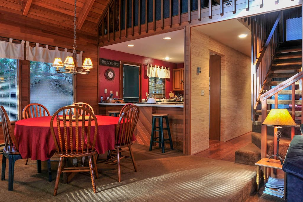 The open floorplan gives the whole cabin a quintessentially Northwest feel.