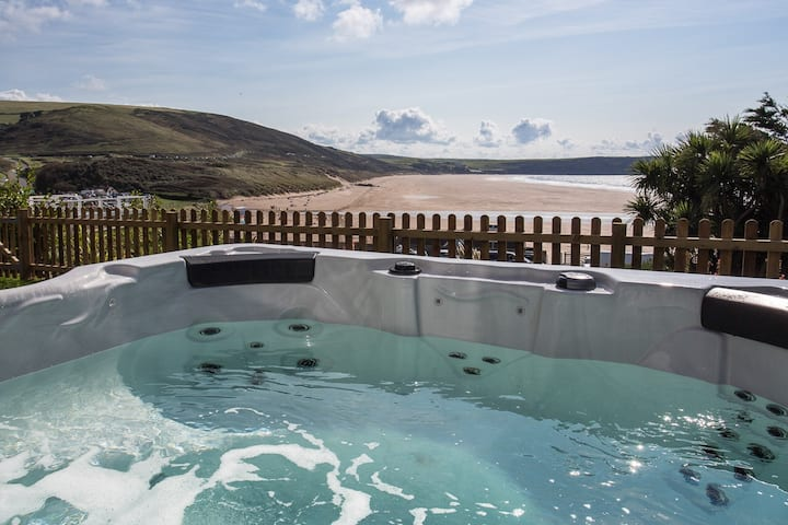 The View >Sea Views>Free Parking>Hot Tub>BBQ