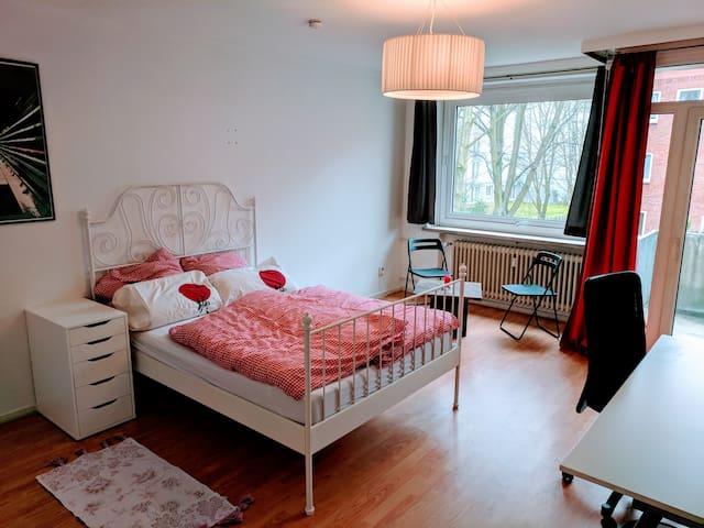 Nice Altona apartment with balcony near the city - Hamburg - Byt
