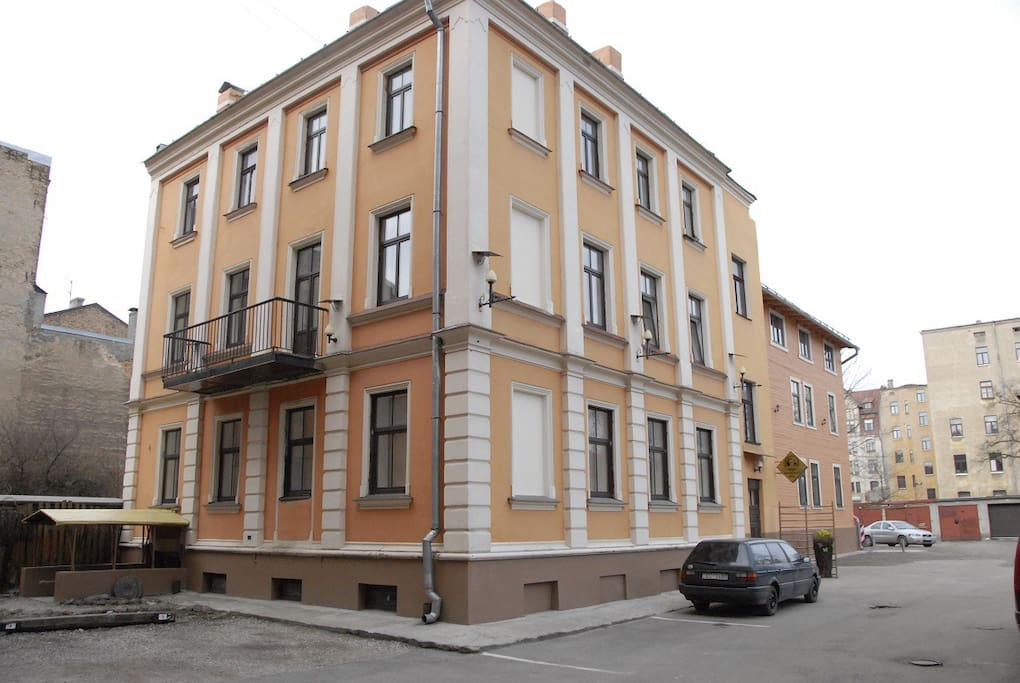 CENTRAL APARTMENT 32 - Apartments for Rent in Riga, Riga ...