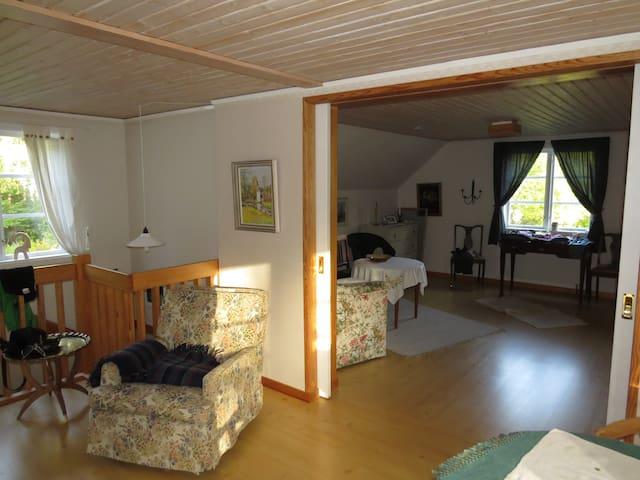 Flur und Schlafzimmer 2
