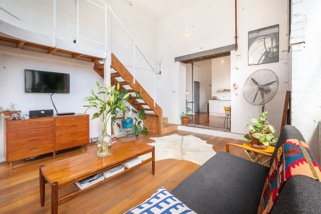 Light Filled Collingwood Warehouse Apartment Apartments
