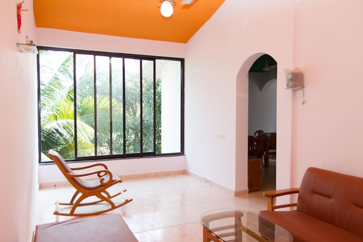 2 Bedrooms,Dinning, Hall Kitchen & Free WiFi - Benaulim - Apartamento