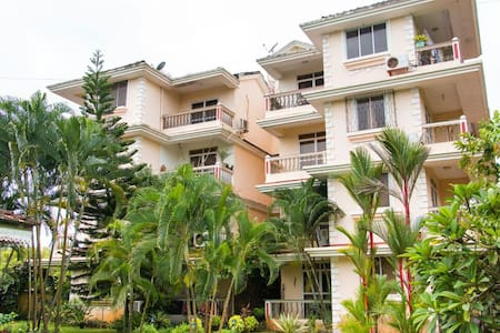 Dona Rosa 2BHK Apartment sleep 4 - Varca - อพาร์ทเมนท์