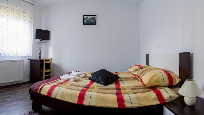 """Room """"IZVOR"""" above the Rastoke"""