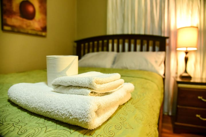 Comfortable, Cozy, Private Room - Los Angeles