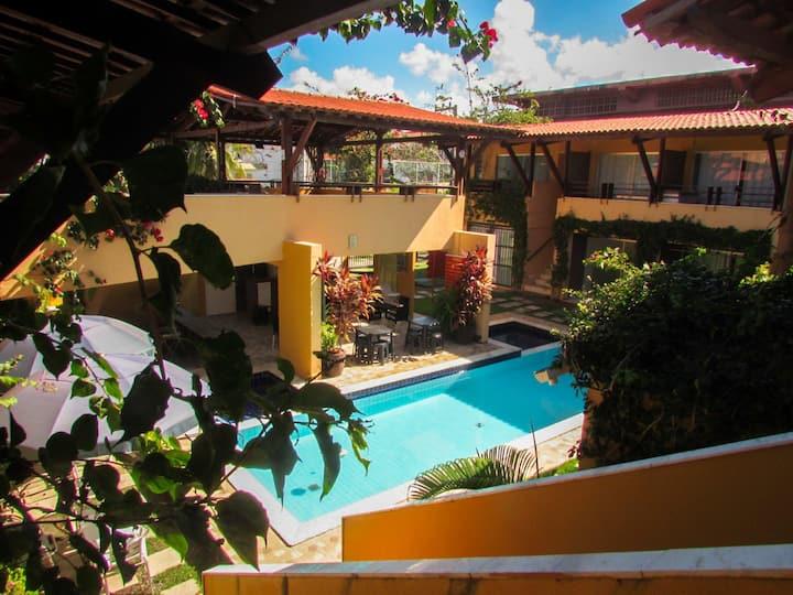 Apartamento com Piscina e a Beira Mar - 1 quarto