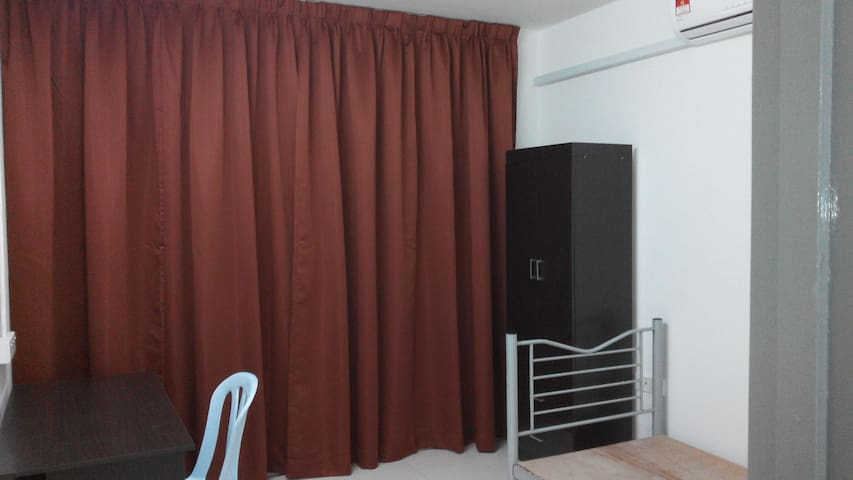 Furnished yet affordable, 1 private bedrooms - Cyberjaya - Casa