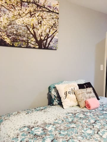 Room for large family - East Riverdale - Casa