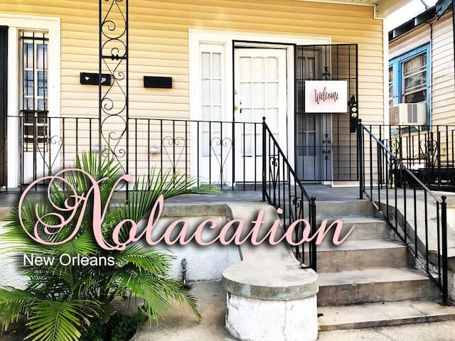 Coszy House waiting for your Nola EXPERIENCE!