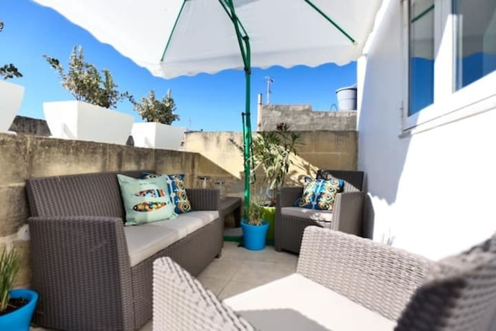 Charming home with a sunny roof terrace in Rabat