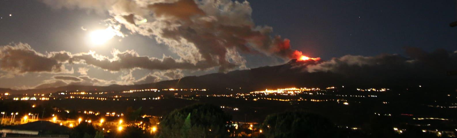 Appartamento sul mare con vista Etna
