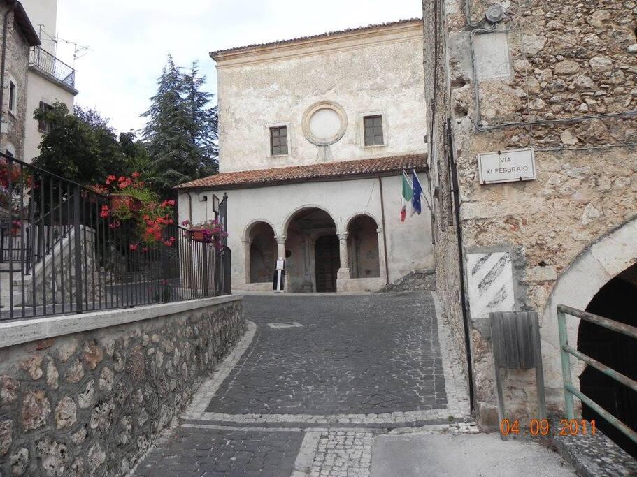 La Chiesa del Convento da cui si può arrivare al B&B, percorrendo Via XI Febbraio