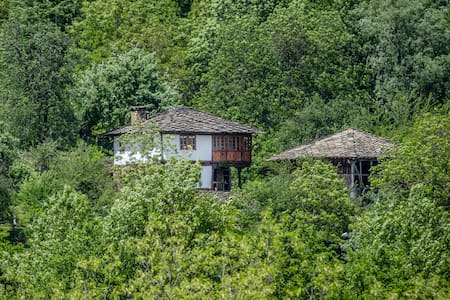 Karashka - Authentic Bulgarian  home