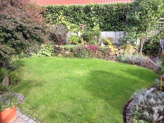 grüne Oase mitten im Ruhrgebiet - Gelsenkirchen - House