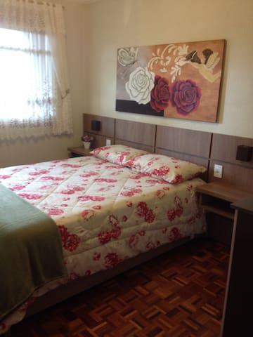 Apartamento centro de canela/wi-fi. - Canela - Appartement