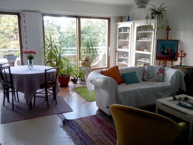 chambre lumineuse au calme - Clermont-Ferrand - Departamento
