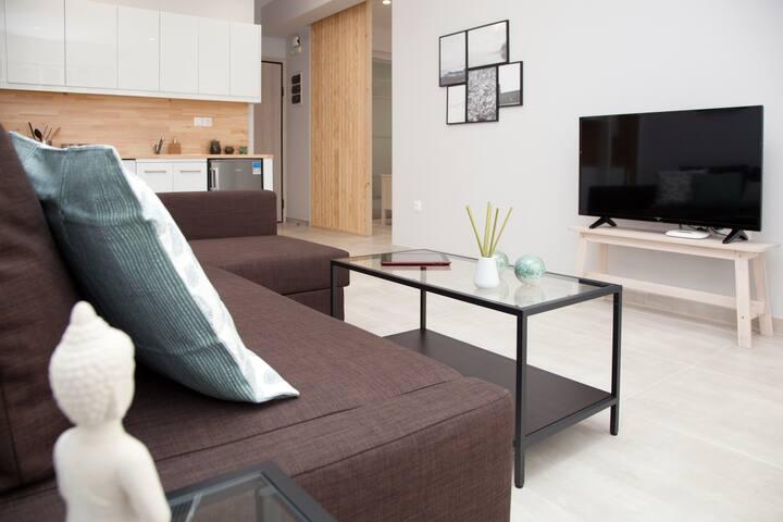Chic Superior - Omnia Pagrati Apartments