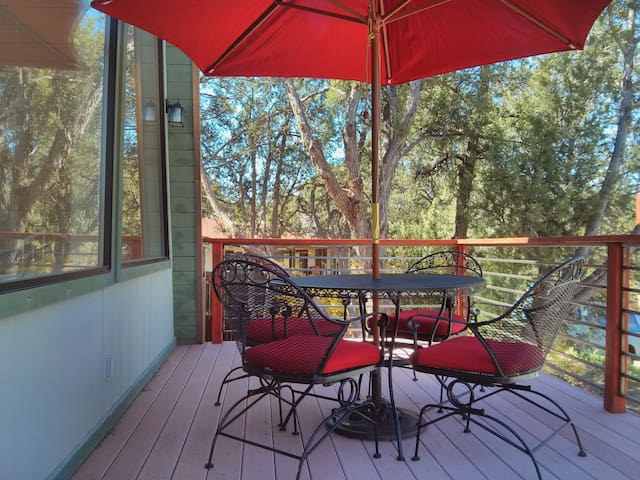 Front deck, with unobstructed view of Bell Rock and Courthouse Butte.