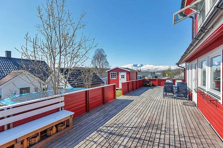 House close to nature/the fjords - Tromsø - Rumah