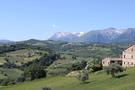 Simply Beautiful Country Villa  - Gualdo