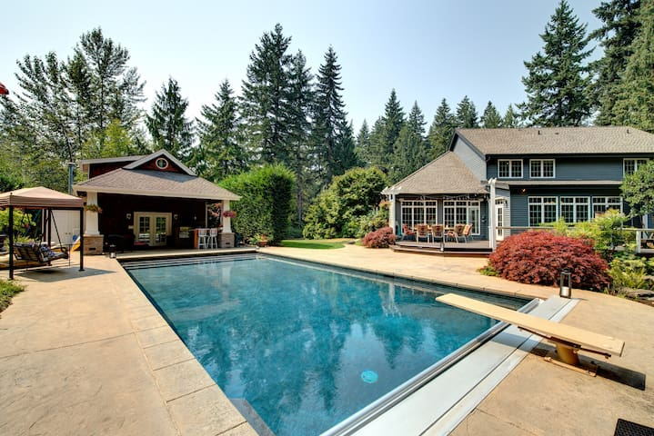 Luxury Wooded Estate With Pool