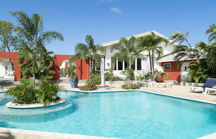 Spacious Lovely apartment MangooZ - Oranjestad - Daire