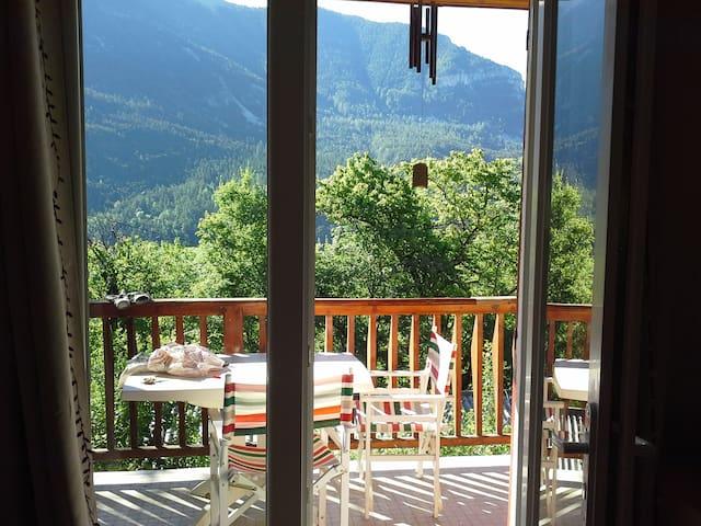 Val d'Allos : Appartement rénové  dans chalet