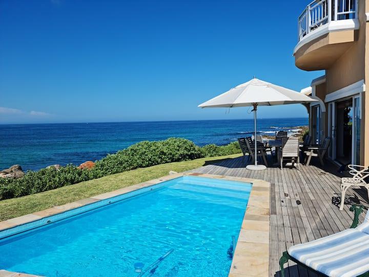 Amazing Villa on the Rocks