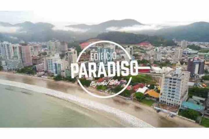 Quarto Paradise