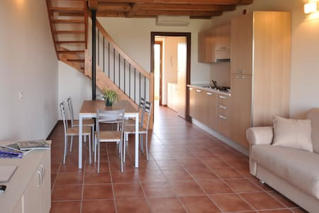 Large one bedroom apt. Golf Court - Castelnuovo del Garda - Apartmen