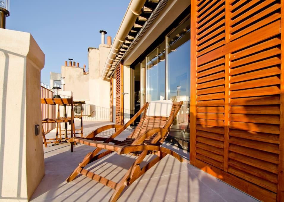 Loft terrasse et vue mer marseille lofts louer Loft et terrasse