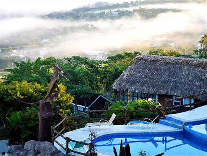 Stunning views 'deluxe Cabana', walk to town- CPH