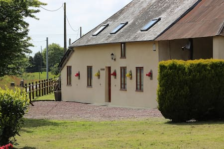 La Valtoline Cottage, Normandy - Le Guislain - Talo