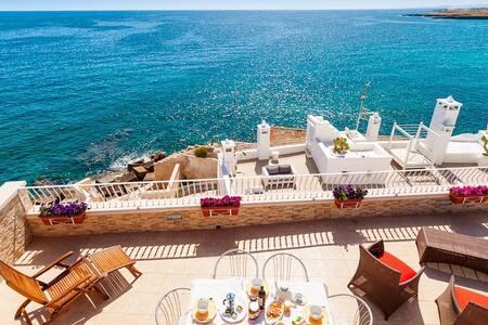 Terrazza Paradiso: right on the sea - Monopoli