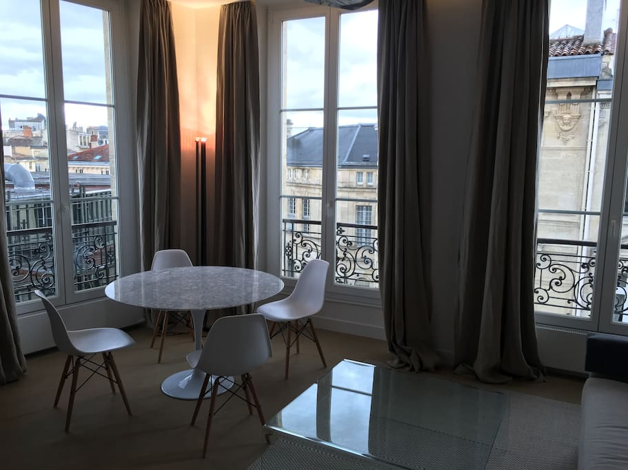 Appartement luxe t2 grands hommes hyper centre for Appartement luxe bordeaux
