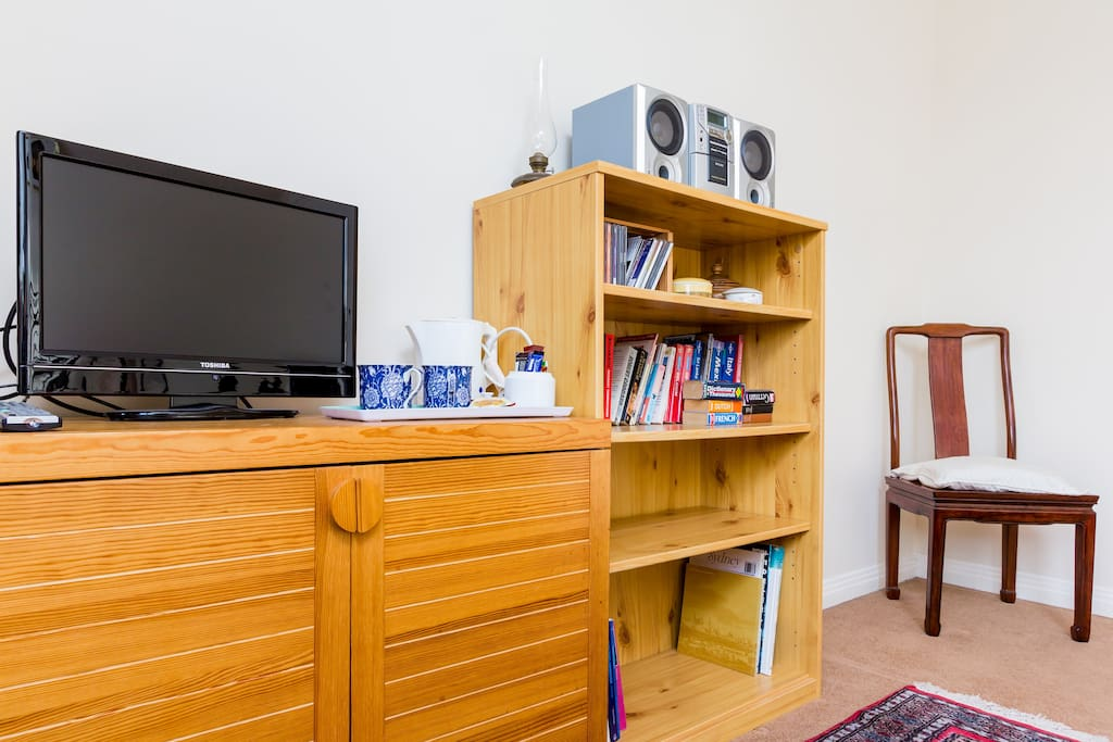 Flat screen TV with all freesat channels and built in DVD and CD player + Coffee/tea making facilities