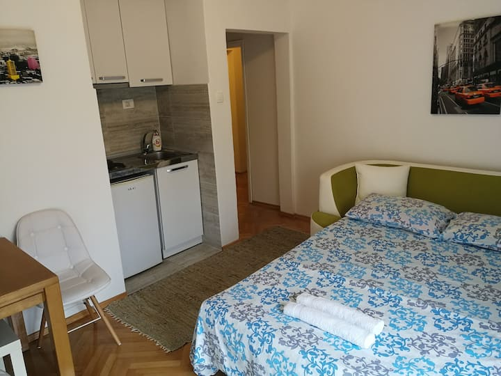 Apartman 20m from the sea