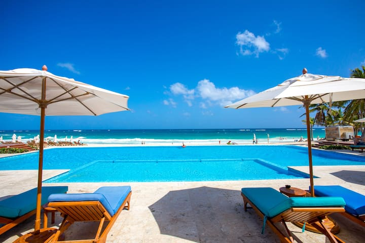 ⭐⭐⭐Spectacular Beach & Golf Penthouse in Cana Rock