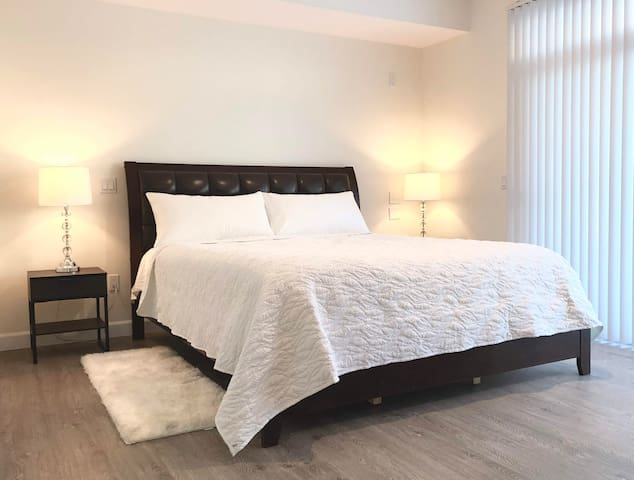 LUXURY 1BD Close To HRC in DOWNTOWN PASADENA 中文视频