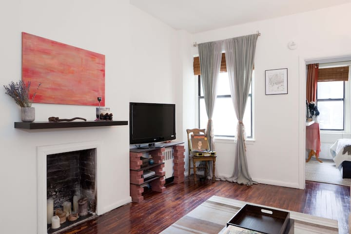 Private, Peaceful Times Square 1BR