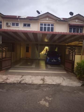 Family Homestay Taman Permai Utama.Gurun, Kedah
