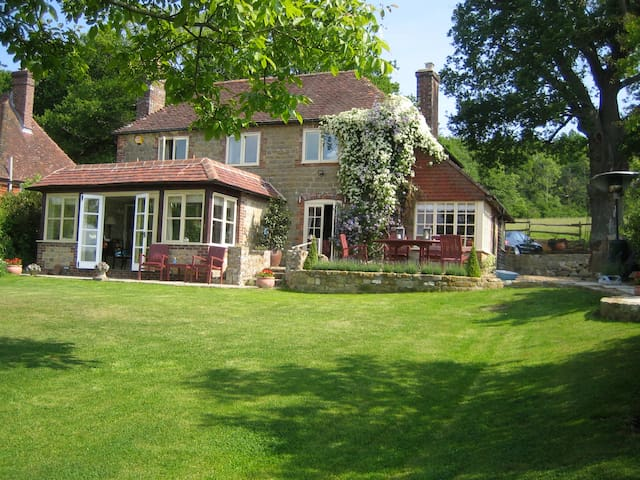 Countryside B&B Haslemere - Henley