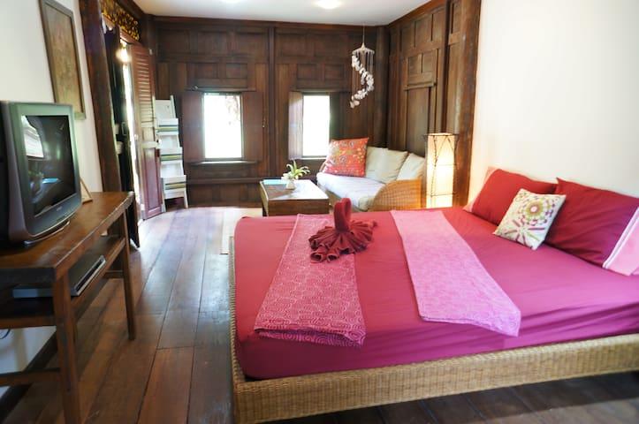 Romantic teak Thai-house on Island